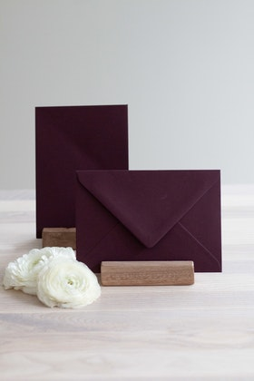 Kuvert 'burgundy' A6