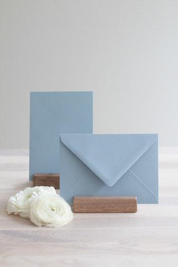 Kuvert 'dusty blue' A6