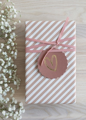 Presentpapper 'Stripe pink'