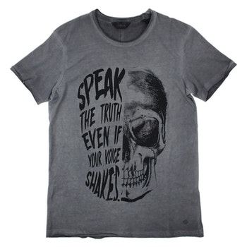 SOLID SOFT WASHED SKULL TEE