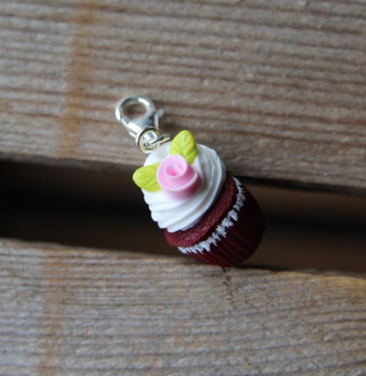 Halsbandshänge, red velvet cupcakes