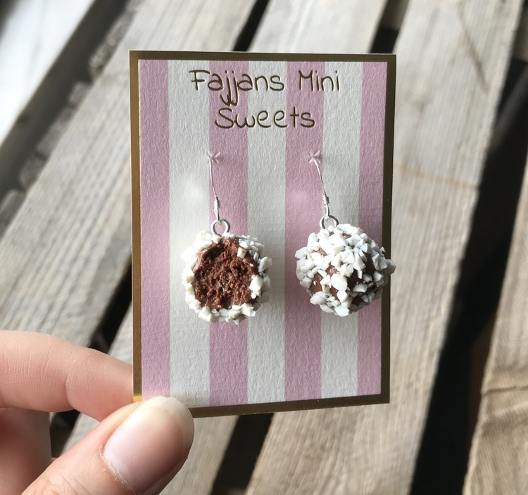 Örhängen, chokladbollar med pärlsocker