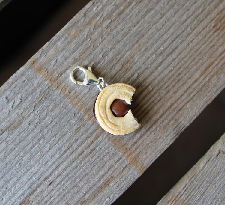 Halsbandshänge. Kex, ballerinainspirerad