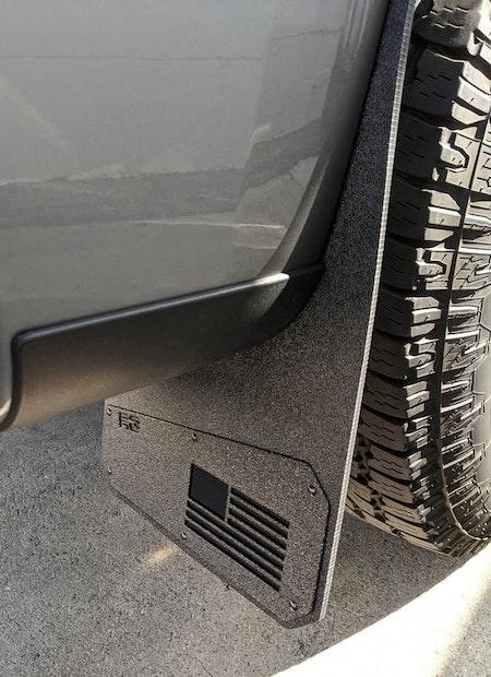 Chevrolet Silverado 2019+ Muerica Stänkskydd