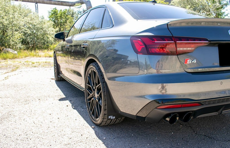 Audi A4/S4 Sedan Stänkskydd
