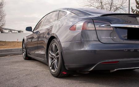 Tesla model S Stänkskydd