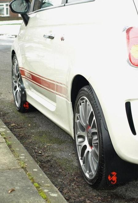 Fiat 500 Stänklappar