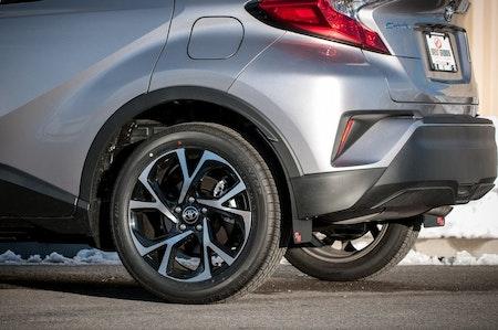 Toyota chr stänkskydd