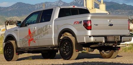 Leriga fälgar och stänkskydd till Ford pick-up