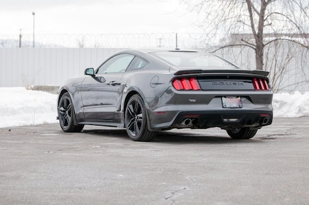 Ford mustang styling