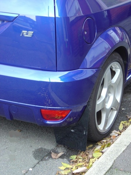 Ford Focus RS  Mk1 Stänklappar  1998 - 2004