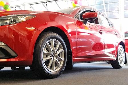 Mazda 3 Stänklappar   2014+