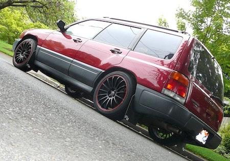 Subaru Forester Stänklappar  1998 - 2002