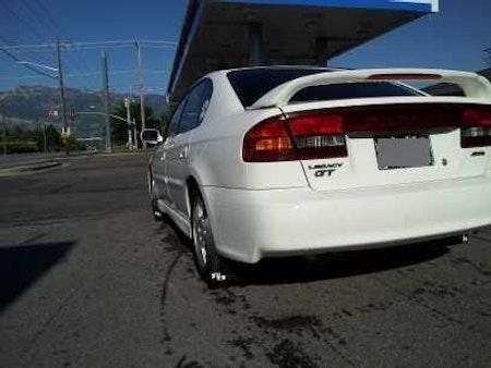 Subaru Legacy stänklappar  1999 - 2004