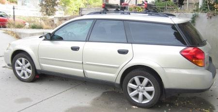 Subaru Legacy stänklappar  2005 - 2009