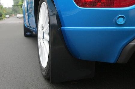 Ford Fiesta MK7 Stänklappar  2008 - 2011