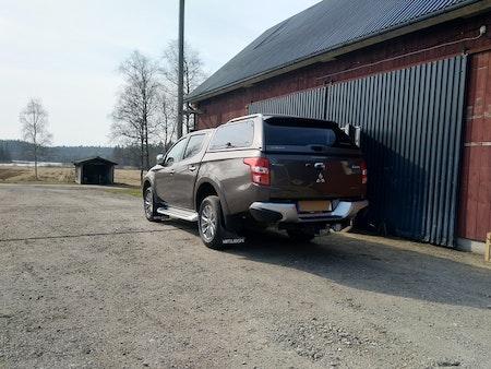 Rejäla stänkskydd L200 pickup
