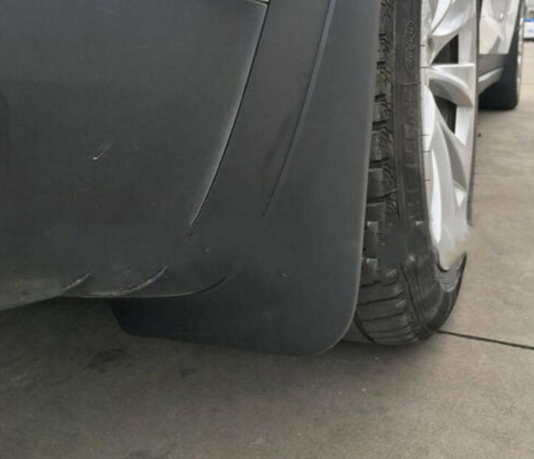 Tesla modell X skvettlapp
