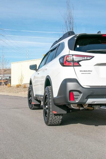 Subaru Outback stänkskydd  2020+