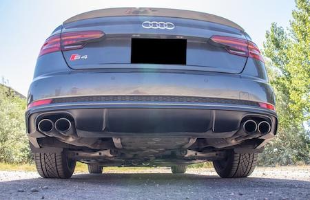 Slimmade stänkskydd, Audi bakifrån