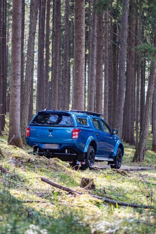 Mitsubishi L200 Stänkskydd 2015+