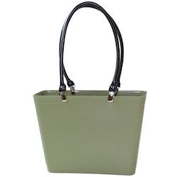 Liten med svarta läderhandtag/ naturgrön/ Bioplast/ art nr 219-1