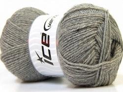Virgin Wool Deluxe, nr 696