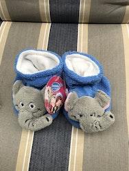 Tossor i plyschtyg, elefanter