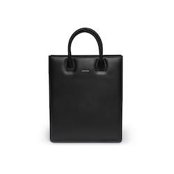 Tote Bag N° 1 Black- Vegetable tanned leather