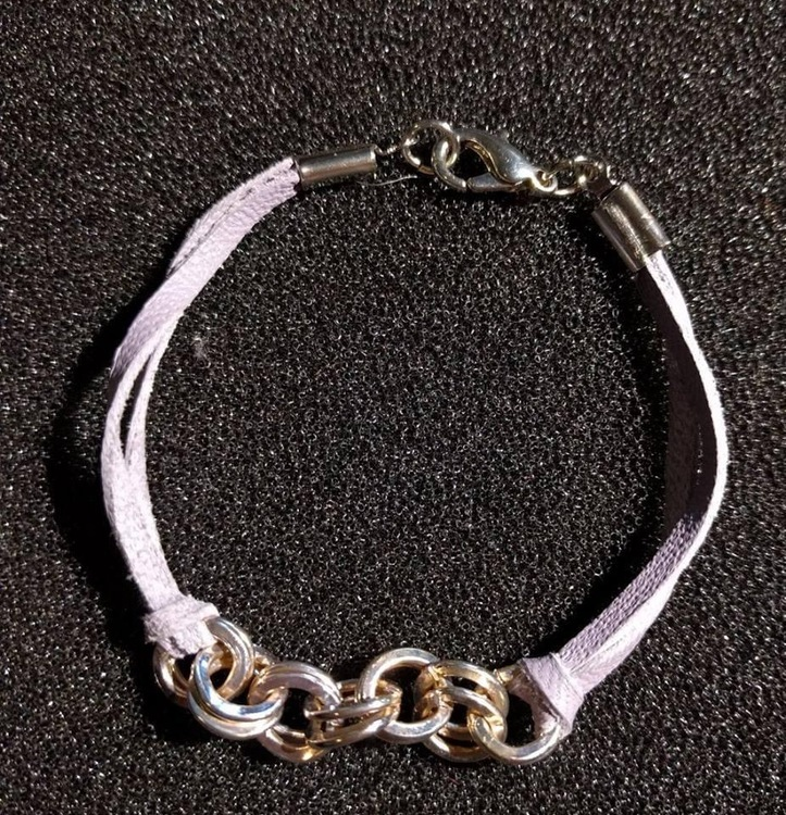 Läderarmband med silverringar 22 cm