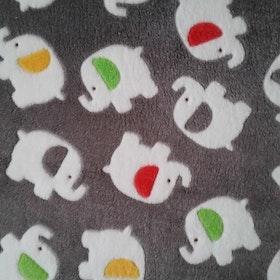 Grått med elefanter