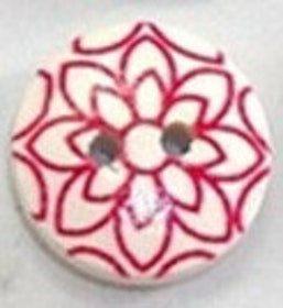Rund träknapp med en röd mandala två hål