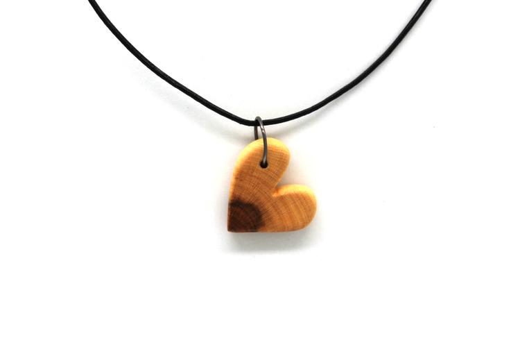Halsband Hjärta