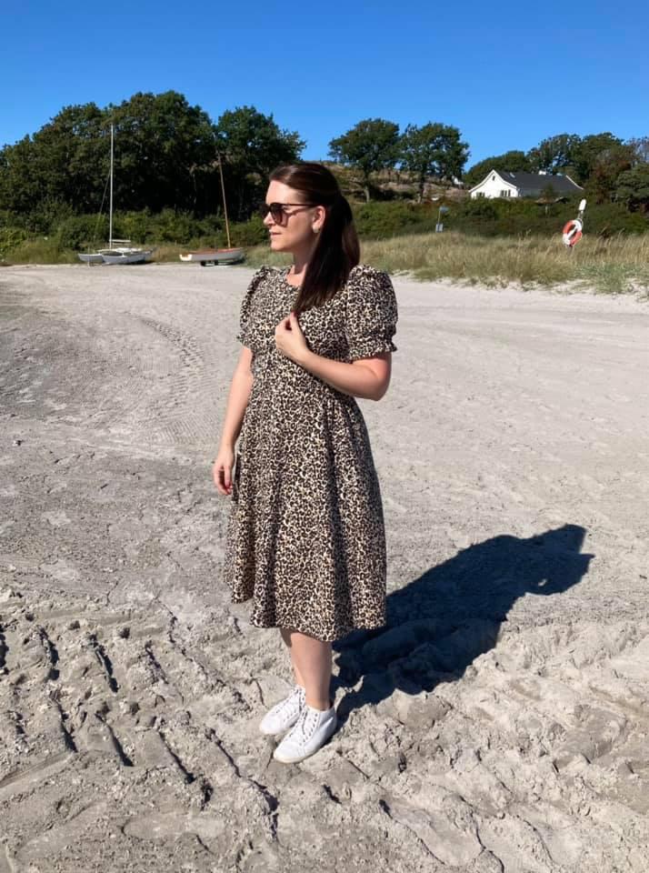 Modelli's Sofia Klänning med puffärm stl. 32 - 54