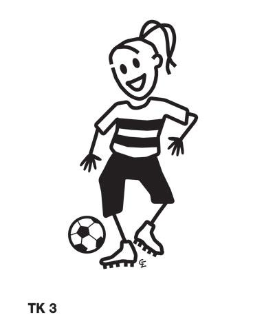 Tjej spelar fotboll