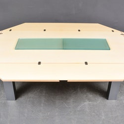 Tisch mit faltbaren Seiten, Tranekaer Cirkante - Van den Berghe