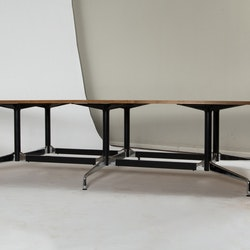 Konferenztisch, Vitra Segmented Table 380 cm Charles & Ray Eames