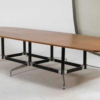 Konferenztisch, Vitra Segmented Table 380 cm Charles & Ray Eames