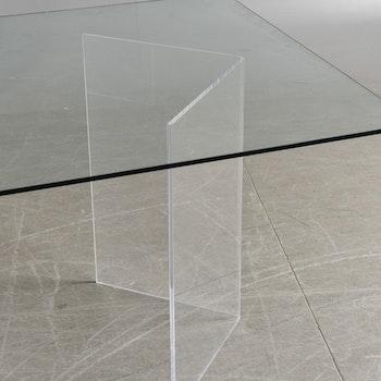 Konferenztisch, speziell mit Tischplatte aus Glas und Tischfuß aus Acryl