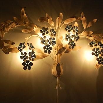 Wandleuchte, Bemalte Blume 100 cm - Nach Hans Kögl