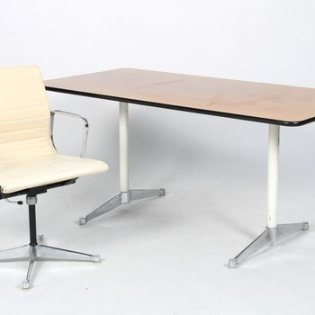 Vintage Office Gruppe, Herman Miller / Vitra EA-108 & Segmented Table