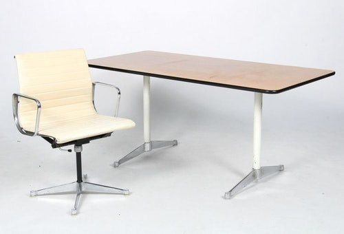 Vintage Office Gruppe, Herman Miller / Vitra EA-108 & Segmented Table