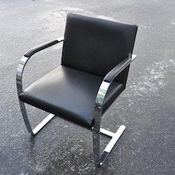 Stuhl, Knoll Brno E01M 4200 - Ludwig Mies van der Rohe