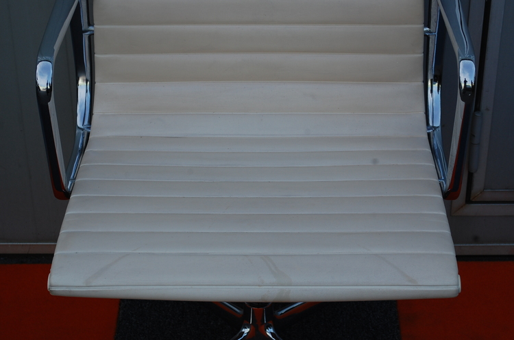 5 x Konferenzstühle, Vintage Herman Miller EA-107 - Charles & Ray Eames