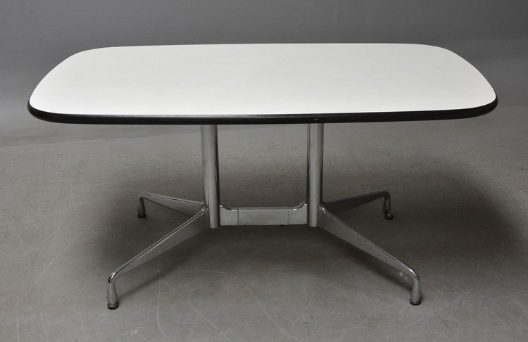 Tisch, Herman Miller Segmented Table - Charles & Ray Eames