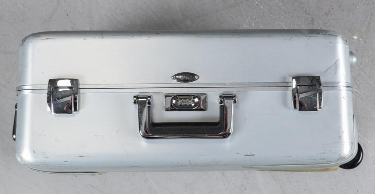 Koffer, 3 x Zero Halliburton Aluminium mit Rädern und Griffen