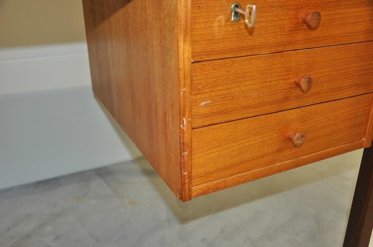 Skandinavischer Vintage Schreibtisch Domino Møbler Dänemark - 134 cm