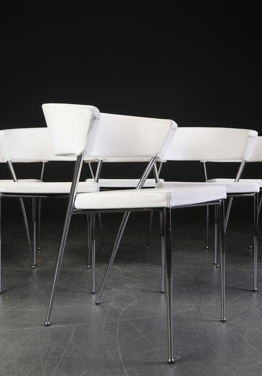 6 x konferenzstühle aus weißem Leder mit Stahlbeinen