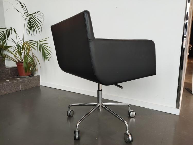 Konferenzstühle mit Rollen, Andreu World Lineal Comfort