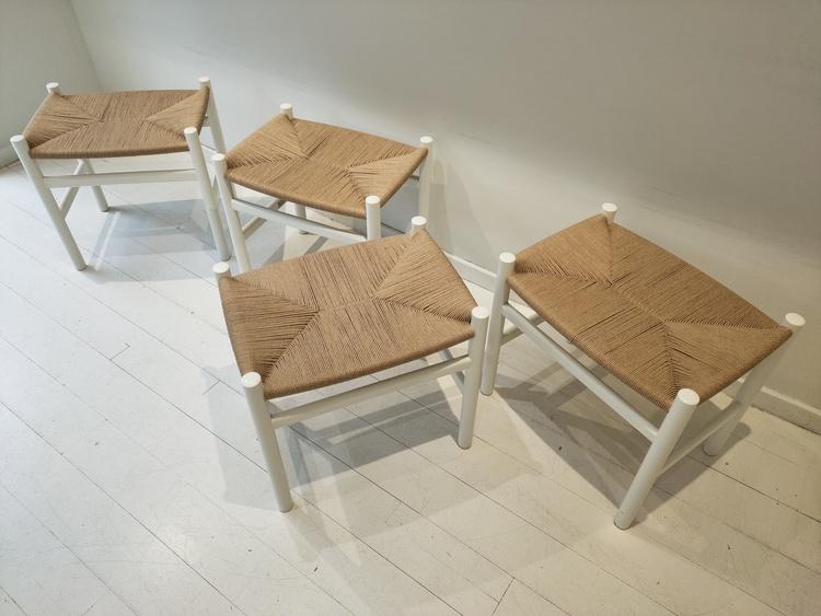 Hocker, Carl Hansen & Sohn CH53 - Design Hans J Wegner